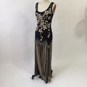 Evening gown, black color. Size2 small